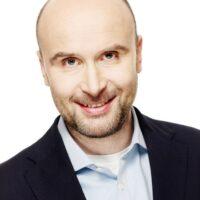 Marcin Korolec scaled 768x1024 200x200 O nas
